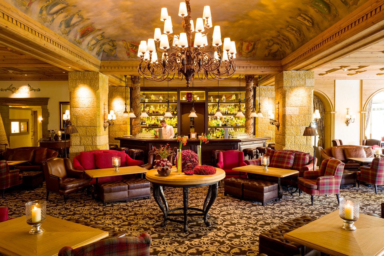 Lobby, Restaurant und Fumoir, Umbauten / Tschanz Architektur AG ...